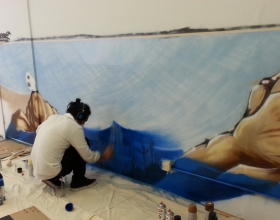 Chatóe Starting Working on the Mural